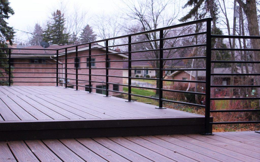 composite deck metal horizontal rail