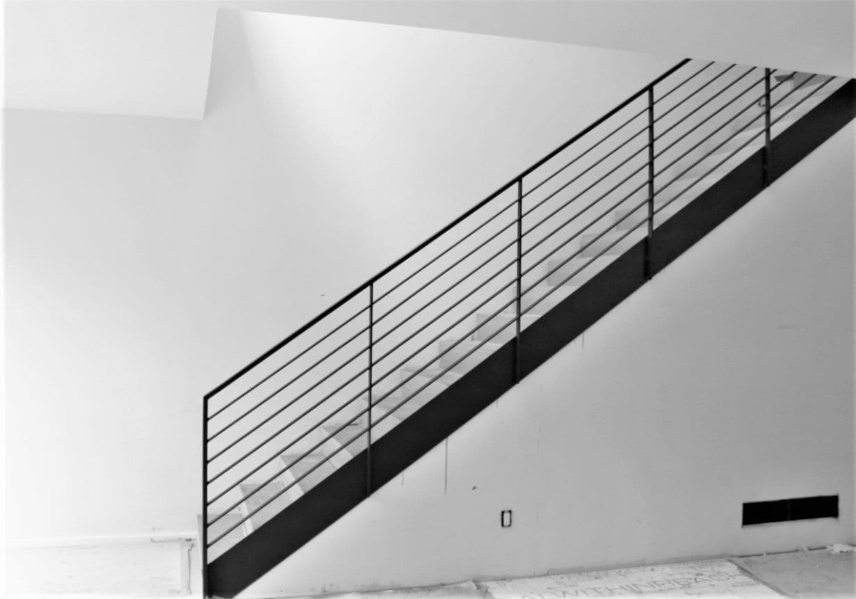 Luxury Horizontal Metal Railing for Stairs - Great Lakes ...