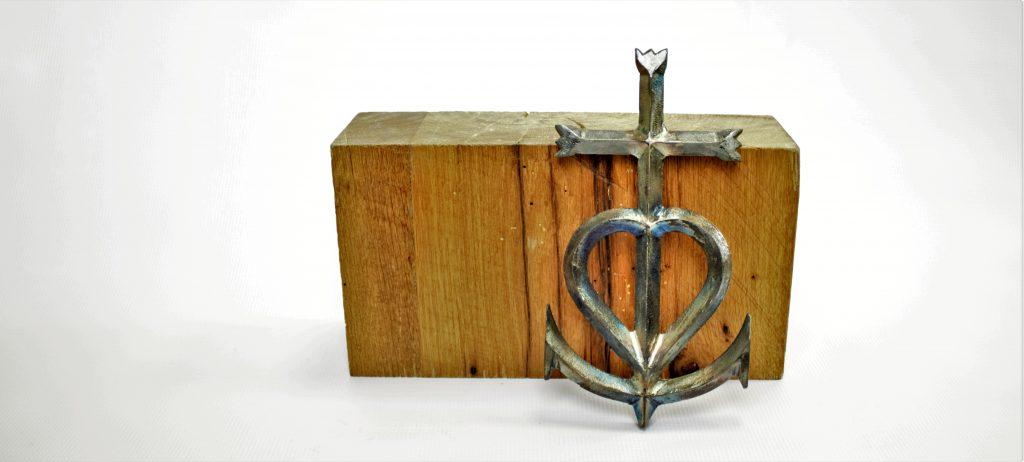 camargue cross heart anchor faith hope love metal cross rustic industrial metal patina clear coat steel french cross 1 corinthians 13